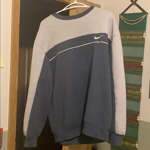Vintage Nike Sweater L
